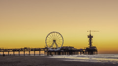 Today's sunset at Scheveningen beach (Alona Azaria) Tags: scheveningen the hague denhaag thenetherlands nederland holland coast pier ferriswheel bungyjumpholland bungy