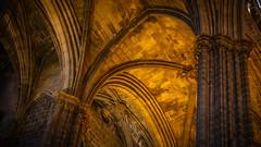 In der Kathedrale von Barcelona (Doblinus) Tags: kathedrale msartania barcelona sonyrx100 sony kreuzfahrt lacatedraldelasantacreuisantaeulàlia spanien mittelmeer 2018