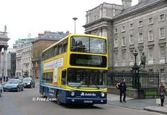 Dublin Bus AV104 (00D70104). (Fred Dean Jnr) Tags: april2005 dublin dublinbus busathacliath dublinbusyellowbluelivery volvo b7tl alexander alx400 collegegreendublin av104 00d70104 dublinbusroute15b ws406 x57xaw