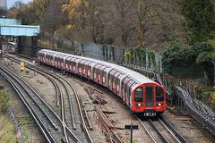 Central Line 91315 (hassaanhc) Tags: londonunderground lul centralline 92ts