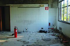 eternal conversation (AliceFerretti) Tags: fireextinguisher urbanexploration urbanphotography conceptual window finestra contettuale fotografiaurbana room kitchen decay lost red light