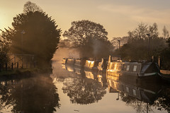 Morning Light (Maisiebeth) Tags: ellesmere shropshire sunrise canal boat narrowboat water mood atmosphere morning