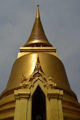The Grand Palace. (Seventh Heaven Photography - (Travel)) Tags: grand palace bangkok thailand gold golden architecture lavish ornate buildings prayer temples wat phra kaew temple emerald buddha nikon d3200