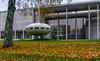 """""""Das Futuro Haus"""" von Matti Suuronen, München (Janos Kertesz) Tags: art foturohaus mattisuuronen münchen munich bayern bavaria architecture building glass city modern urban blue europe grass exterior construction"""