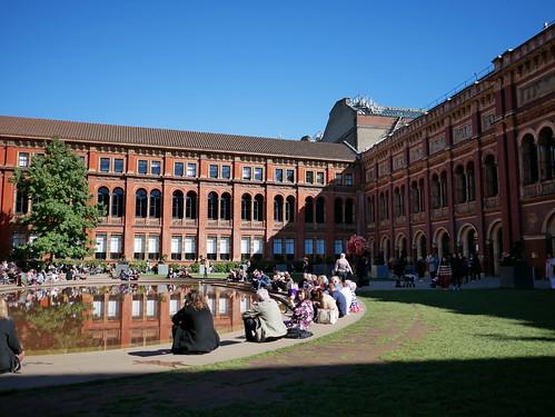 ヴィクトリア・アンド・アルバート博物館 Victoria and Albert Museum