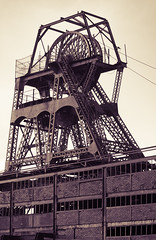 Chatterley Whitfield 16 nov 18 (Shaun the grime lover) Tags: autumn derelict industrial monochrome chatterleywhitfield chell tunstall staffordshire pithead headstock heapstead wheel splittoned toned steel lattice girder hesketh coal mine pit