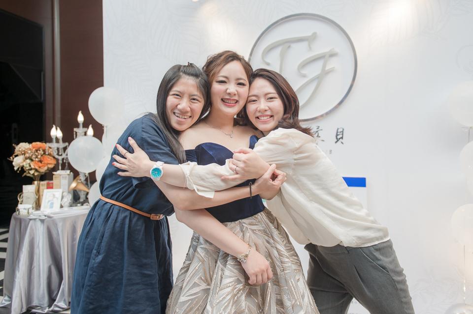 台南東東宴會式場 婚宴 走在幸福的紅毯上 R & B 164