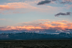 East, after sunset (M///S///H) Tags: 50mm lenstagger mesa mountainrange mountains peak peaks range sage sangredecristo snow snowcapped sunset taos