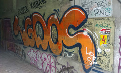 streetlife (Lackdosetoleranz) Tags: wien vienna lackdosetoleranz urbanlife citylife urbanart streetart graffiti letters buchstaben writing tags handstyles throwup street farbe color sticker aufkleber lgdos tribevibes malr madrock yes rnc ts90 giggs sport90210