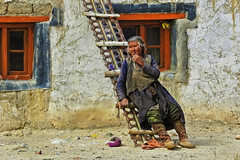 Still left at the bottom of the ladder.... (Lopamudra !) Tags: lopamudra lopamudrabarman lopa chusul border ladakh jk india ladder development poverty depraved lady woman labour worker despair streetphotography portrait pensive himalaya himalayas highaltitude highland colour color colours colourful cold thoughtful