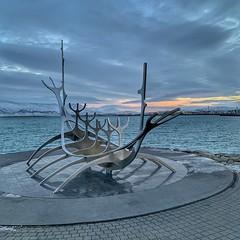 "Sun Voyager (Andy Stones) Tags: ""sun voyager"" sólfarið reykjavik iceland statue sea seafront artwork clouds sunrise horizon ""skeleton boat"" nordic wonders"