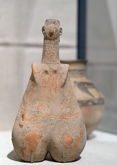 Anthropomorphic jar in red burnished ware (diffendale) Tags: sandiegomuseumofart sandiego california museum museo museu musée μουσείο музеи müze artifact display exhibit متحف ancient antico antique archaeological archeologico balboapark losangelescountymuseumofart loan 14thcbce 13thcbce 12thcbce 11thcbce 10thcbce 9thcbce female figure woman anthropomorphic vessel jar redburnishedware iran heeramaneck