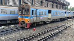 DMUs at Hua Lamphong (the_rail_life) Tags: train bangkok srt