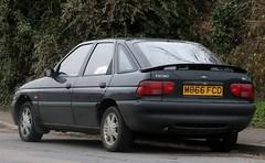M866 FCD (2) (Nivek.Old.Gold) Tags: 1995 ford escort 16 16v mexico 5door