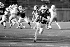 Now turn and catch the ball (stephencharlesjames) Tags: football college sports ball sport ncaa middlebury vermont tufts university monochrome