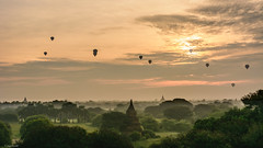 Sunrise in Bagan (Laszlo Horvath.) Tags: nikond7100 sigma1835mmf18art bagan temple sunrise colors balloons landscape mist