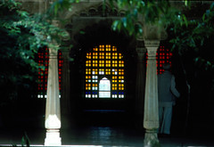 INDIA Y NEPAL 1986 - 102 (JAVIER_GALLEGO) Tags: india 1986 diapositivas diapositivasescaneadas asia subcontinenteindio cachemira kashmir rajastán rajasthan bombay agra taj tajmahal srinagar delhi