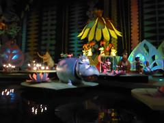 Florida Day 03 - 090 The Magic Kingdom Its a Small World (TravelShorts) Tags: wdw walt disney world magic kingdom be our guest food big thunder mountain columbia harbour house tomorrowland adve tureland jingle cruise tiki room theme park