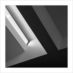 Lluerna III / Skylight III. (ximo rosell) Tags: rosell bn blanco negro bw buildings squares spain arquitectura architecture abstract abstracció llum luz light minimal museu ximorosell