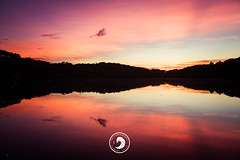 Sky is on Fire (popz.photographie) Tags: sky fire lake euskadi biarritz reflects colors sunset cloud black moutain