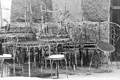 6Q3A9368 (www.ilkkajukarainen.fi) Tags: blackandwhite mustavalkoinen monochrome talvi winter happy life travel travelling visit chairs tuolit helsinki surasaari open museum stuff suomi finland finlande eu europa scandinavia
