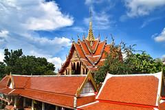 Buddhist Temple, Bangkok. (Manoo Mistry) Tags: bangkok thailand holiday nikon nikond5500 tamron tamron18270mmzoomlens buddhist buddha buddhism buddhisttemple