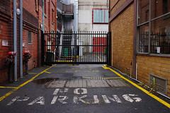 Melbourne Streets IV (Michael Behrens) Tags: melbourne victoria australien australia streets a7iii sonnar carlzeiss alpha sel35f28z zeiss sony sonyalpha7markiii ilce7m3