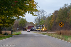 IN 2230 @ Coldwater, MI (Michael Polk) Tags: indiana northeastern in 2230 gp30 emd freight train michigan coldwater