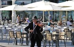 solo player (Artee62) Tags: canon eos 7d cruise ventura vigo holiday summer