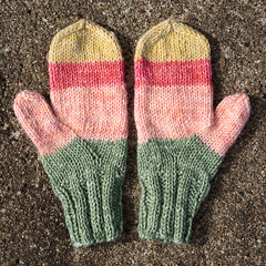 Children's mittens (Winterbound) Tags: knitting handmade handknitted mittens