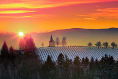 Theresia Chapel in Winter (Bernhard Sitzwohl) Tags: theresienkapelle winter landscape sunset red nature wood vinery hill hills mountains alps leefilter styria austria