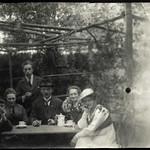 Archiv S81 Gartenfoto, 1920er thumbnail