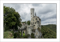 Lichtenstein Castle in Germany (Francis =Photography=) Tags: europa europe allemagne germany deutschland badewurtemberg paysdebade architecture bundesrepublikdeutschland castel schloss arbre route ciel eau fleurs arbres château badenwürttemberg bâtiment châteaudelichtenstein lichtenstein vieuxlichtenstein châteaufort märchenschlosswürttemberg nuages cloud wolken roche rocher rocks felsen rock vue view schlosslichtenstein honau albtrauf lichtensteincastle württemberg gothicrevival reutligen paysage forêt