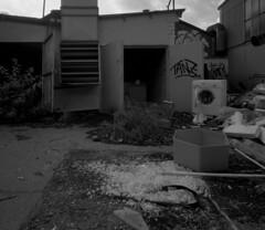C 15 (andi_heuser) Tags: urbanexploration lostplaces gebäude building fabrik factory architektur architecture verlassen abandoned alt old zerstört destroyed film analog analogue schwarzweiss blackwhite schwarzweissfilm ilford ilforddelta3200 6x7 120 andiheuser