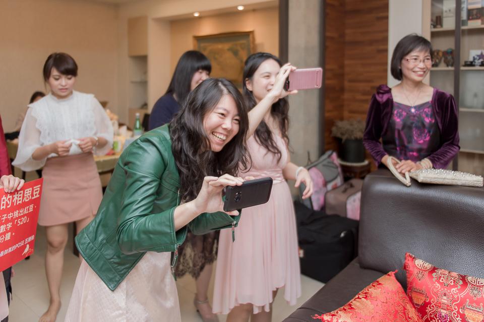 台南東東宴會式場 婚宴 走在幸福的紅毯上 R & B 039