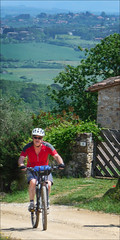 Cycling in the Tuscan Countryside (kate willmer) Tags: bicycle bike biking mountainbike mtb road tuscany italy
