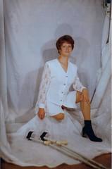 amp-1746 (vsmrn) Tags: amputee woman onelegged crutches stump