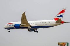 Speedbird British Airways 787-8 G-ZBJB landing Toronto on Christmas Day in snow (Stanley Ip - YYZ weekend planes spotter) Tags: yyz 7879 speedbird britishairways