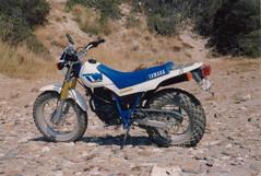 YAMAHA TW 200 (John Steam) Tags: motorcycle motorbike motorrad enduro rent yamaha tw200 1991 samos greece griechenland electric starter trailway rental