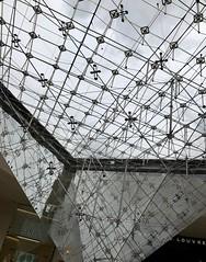 #LouvreMuseum #Paris (Σταύρος) Tags: impei angle design architecture glassceiling paris museum publicmuseum louvre louvremuseum ancientegypt france2017 museo amgueddfa müze 博物館 musée μουσείο 박물관 музей art sculpture statue