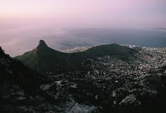 Cape Town Sunset (DawnChapman) Tags: analog 35mm film filmphotography travel fuji fujifilm fujicolorsuperia200 superia200 landscape ocean mountain tablemountain tablemountainnationalpark capetown lionshead southafrica africa