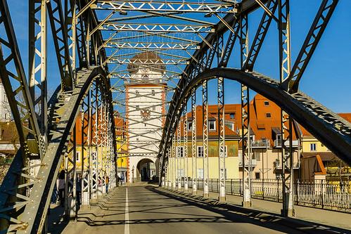 The Waasenbrücke and the Schwammerlturm