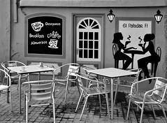 Coffee Time (gerard eder) Tags: world travel reise viajes europa europe españa spain spanien valencia elcarmen graffiti art arte street streetlife streetart cafeteria restaurant bar blackandwhite blackwhite blancoynegro whiteblack whiteandblack city ciudades cityscape cityview outdoor
