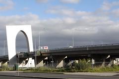 Multiple viaducts atop Montague Street at the West Gate Freeway interchange (Marcus Wong from Geelong) Tags: westgatebridge bridge road freeway melbourne spotswood yarrariver fishermansbend boxgirder m1