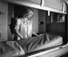 CB&Q California Zephyr Bedroom (Chuck Zeiler 52) Tags: cbq burlington railroad california zephyr bedroom budd passenger car sleeper train chz hedrichblessing people