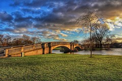 The bridge at sunset (LeanneHall3 :-)) Tags: groupenuagesetciel sunset bridge eastpark hull kingstonuponhull landscape skyscape sky clouds cloudsstormssunsetssunrises sundaylights