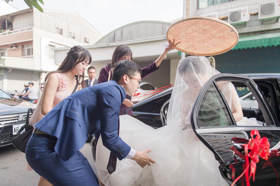 台南東東宴會式場 婚宴 走在幸福的紅毯上 R & B 077