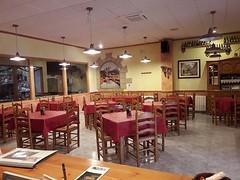 Comedor (brujulea) Tags: brujulea hoteles hostales horta sant joan tarragona casa barcelo comedor