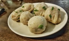 Pan Fried Pork Soup Dumplings (Hank Yee) Tags: soupdumplings dimsum dimsumgarden chinesefood dumplings panfrieddumplings food foodphotography