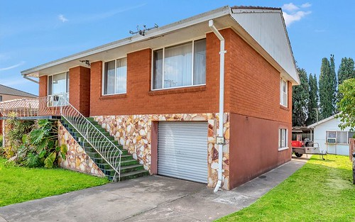 61 Queen St, Canley Heights NSW 2166